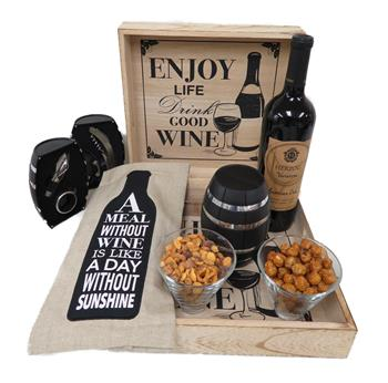 Purim Wine Gift Set